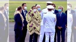 Hình ảnh Tổng thống Pháp Macron như 'vòng hoa di động' gây sốt mạng xã hội