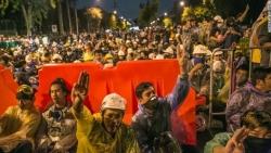 Thái Lan dỡ bỏ tình trạng khẩn cấp ở thủ đô Bangkok