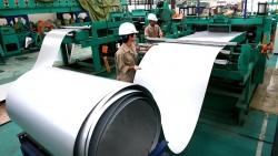 Xuất khẩu ngày 27-30/7: Bất chấp Covid-19, ô tô nhập bất ngờ tăng mạnh; sắt thép Việt xuất sang Trung Quốc tăng gấp đôi