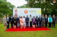 Lễ thượng cờ kỷ niệm 52 năm thành lập ASEAN tại Sri Lanka