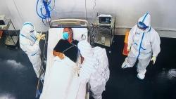 Covid-19 ở Việt Nam sáng 25/8: 1 triệu người có 3.756 ca mắc; F0 ở TP. Hồ Chí Minh sẽ tăng; robot hỗ trợ điều trị; Hà Nội ra thông báo khẩn