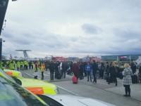 """Sân bay London tuyên bố an toàn sau """"nghi vấn hóa chất"""""""