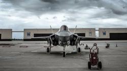 Mỹ hoãn sản xuất máy bay chiến đấu F-35