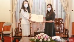 Trao Giấy chấp nhận lãnh sự cho Tổng Lãnh sự Trung Quốc tại Đà Nẵng