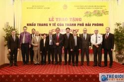 Hải Phòng và Bộ Ngoại giao trao tặng khẩu trang y tế cho một số nước