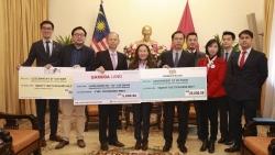 Đại sứ quán Malaysia ủng hộ nạn nhân lũ lụt miền Trung