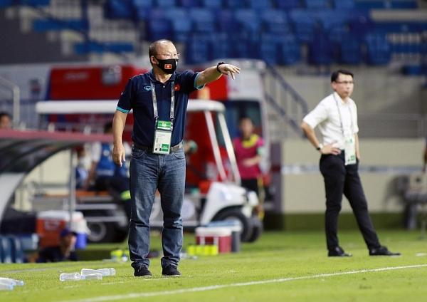 Báo châu Á thừa nhận đẳng cấp, báo Malaysia nói đội tuyển Việt Nam gặp may