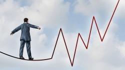 Thị trường chứng khoán ngày 14/4: Nỗ lực hồi phục sau những cú rung lắc mạnh.