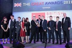 BUV nhận giải thưởng của BritCham vì đóng góp với giáo dục bậc cao