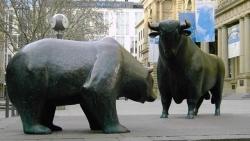 Thị trường chứng khoán ngày 5/8 - Cơ hội cho nhà đầu tư xuất hiện