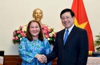 Phó Thủ tướng Phạm Bình Minh tiếp Đại sứ Malaysia Shariffah Norhana Syed Mustaffa