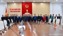 Đoàn Trưởng Cơ quan đại diện Việt Nam ở nước ngoài nhiệm kỳ 2020-2023 thăm, làm việc tại Quảng Ninh