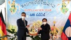 Chúc Tết cổ truyền Bunpimay Lào tại CHLB Đức
