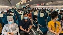 Đưa gần 250 công dân Việt Nam từ Malaysia về nước an toàn