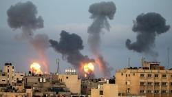 Giao tranh Israel-Palestine: Ít nhất 132 người thiệt mạng, đe dọa làm bùng nổ chiến tranh, Ai Cập điều xe cứu thương đến Gaza