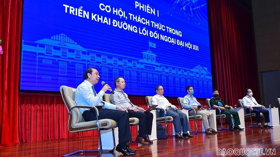Chính sách đối ngoại: Phối hợp hiệu quả giữa ba trụ cột của đối ngoại, lấy người dân và doanh nghiệp làm trung tâm phục vụ