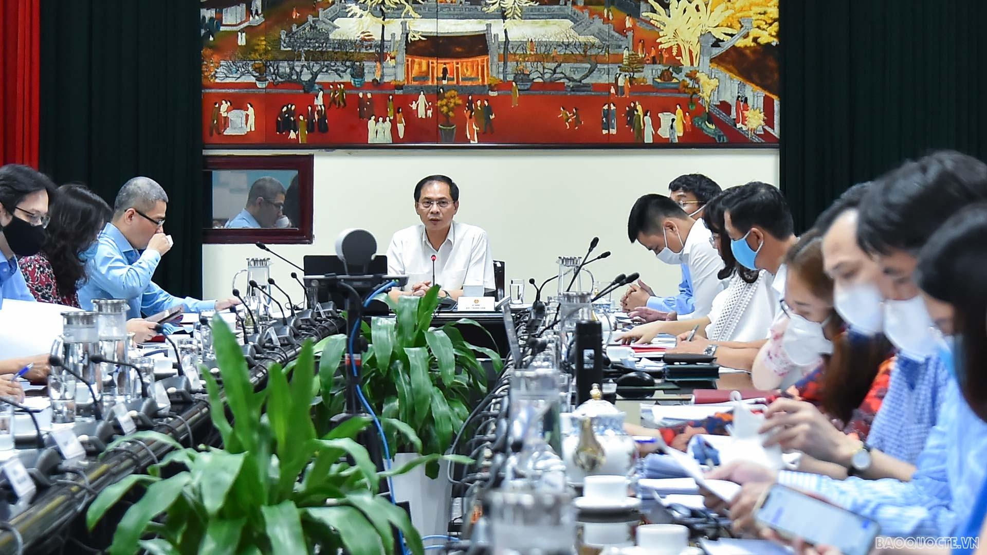 Hội nghị Ban Chấp hành Đảng bộ Bộ Ngoại giao lần thứ năm, sơ kết công tác 6 tháng đầu năm