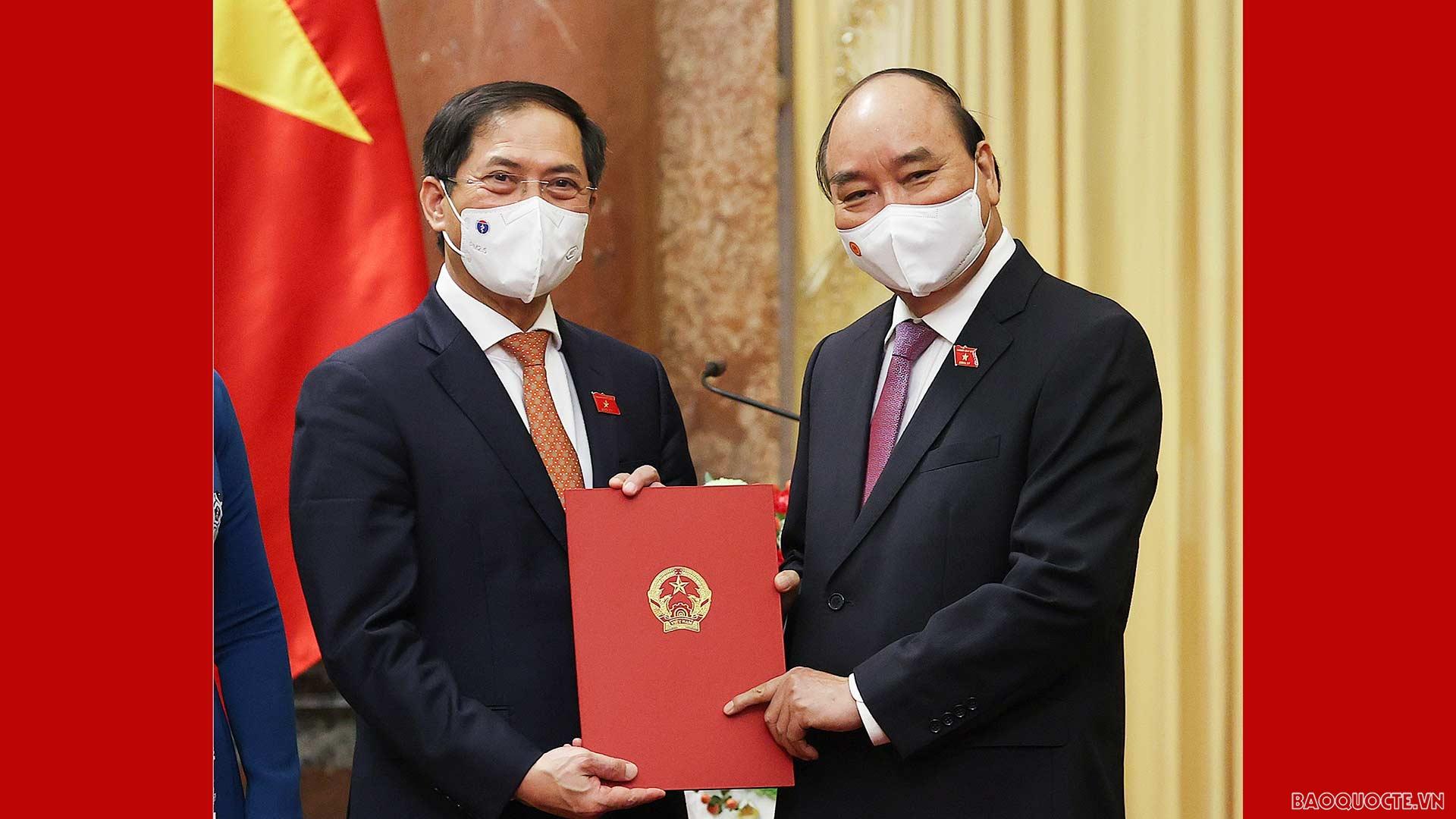 Đồng chí Bùi Thanh Sơn được bổ nhiệm làm Bộ trưởng Bộ Ngoại giao nhiệm kỳ 2021-2026
