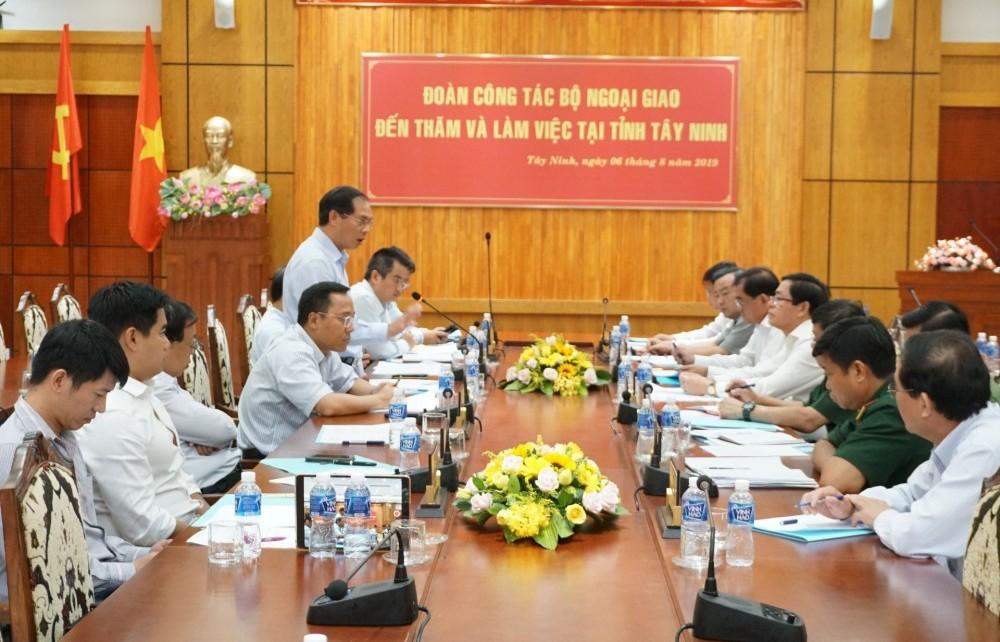 Thứ trưởng Thường trực Bùi Thanh Sơn thăm và làm việc tại tỉnh Bình Phước và Tây Ninh