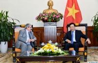 Phó Thủ tướng Phạm Bình Minh tiếp Thứ trưởng Ngoại giao Uruguay Ariel Bergamino