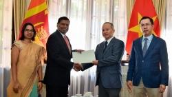 Đại sứ quán Sri Lanka tại Việt Nam ủng hộ nạn nhân lũ lụt miền Trung