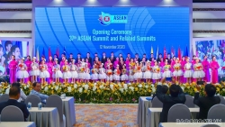 Hội nghị Cấp cao ASEAN 37: Cùng nhìn lại, hướng tương lai