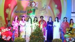 Rộn ràng không khí Tết cổ truyền của cộng đồng người Việt Nam tại Vientiane, Lào
