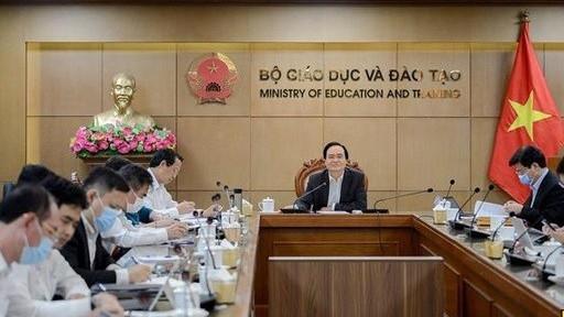 Bộ trưởng Phùng Xuân Nhạ: Sẽ giám sát chặt chẽ hoạt động tập huấn sách giáo khoa lớp 2, lớp 6