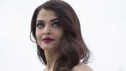 Choáng với khối tài sản 'khủng' của Hoa hậu đẹp nhất mọi thời đại Aishwarya Rai
