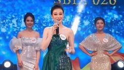 Thí sinh Đại sứ du lịch Quảng Trị gây 'dậy sóng' mạng xã hội trong phần thi ứng xử
