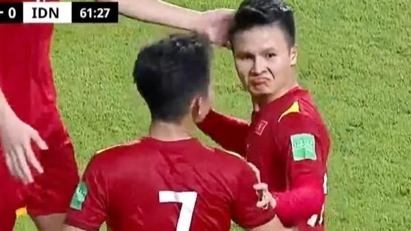 Đội tuyển Việt Nam thắng đậm trước Indonesia, dàn sao nô nức 'ăn mừng online'