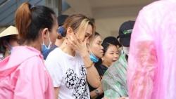 Sao Việt tuần qua: Mỹ Tâm bật khóc khi gặp bà con vùng lũ, Thủy Tiên bị chồng gọi là 'cô vợ trời hành', Mai Phương Thúy khoe body chuẩn